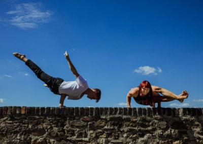 Pobyt s jógou Yoga & Handstand Retreat LEFKÁDA lektor Kateřina Hilerová, Jan Jirák 27.6. – 4.7.2020 ZRUŠENO